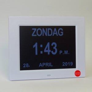 Digitale kalenderklok met LCD scherm.