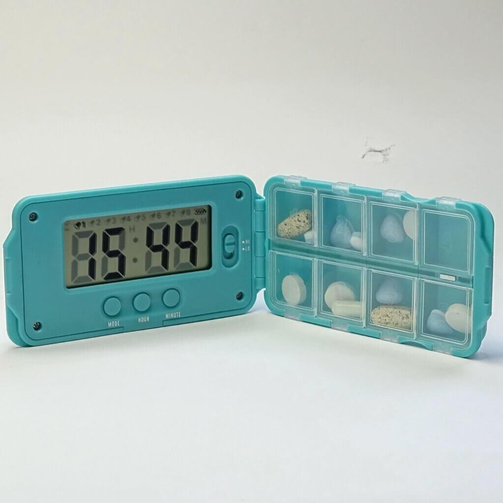Pillendoos Met Alarm 5 Vakken.Tabtime Super 8 Pillendoos Met 8 Dagelijks Instelbare Alarmen