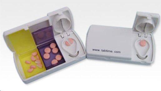 Pillensnijder met bewaardoosjes geheugenhulp for Een doosje vol geluk waar te koop